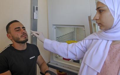 Izrael zamyka miejsca publiczne dla niezaszczepionych