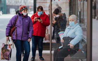 Wirusolog: Rośnie śmiertelność wśród młodszych ludzi