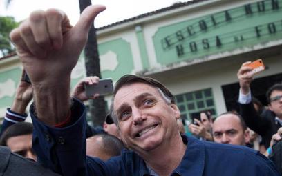 Jeszcze we wrześniu Jair Bolsonaro miał 18 proc. poparcia, ale w niedzielę dostał 46 proc. głosów
