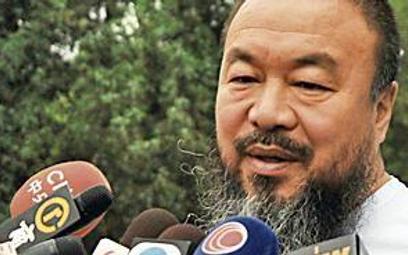 Chiny: dysydent wolny, ale z zamkniętymi ustami