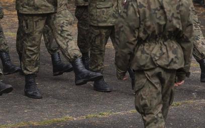 Kto najwięcej wydaje na wojsko? Polska spadła na 20 pozycję