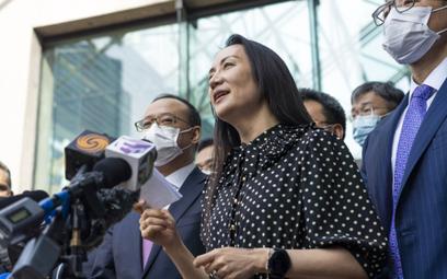 Wiceprezes Huawei Meng Wanzhou po warunkowym zawieszeniu postępowania o oszustwo odleciała do Chin