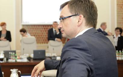 Eksperci ministra Zbigniewa Ziobry bez konkursu. Wielu nie spełnia wymogów