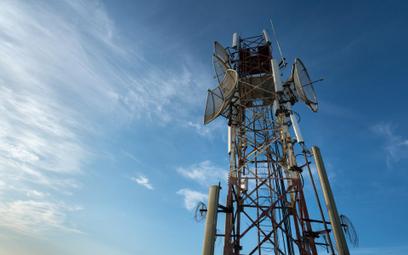 Maszty telefonii komórkowej: Będzie można sprawdzić poziom pola elektromagnetycznego