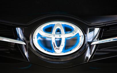 Toyota naprawi milion hybryd na świecie