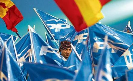 Na ulicach Madrytu wiwatowali zwolennicy zwycięskiej prawicowej Partii Ludowej (PP)