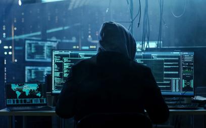 Karty przedpłacone sposobem na hakera
