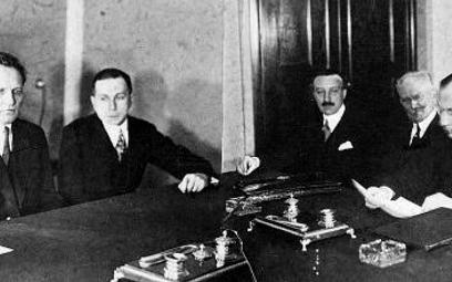 Podpisanie polsko-sowieckiego paktu o nieagresji. 1932 r.