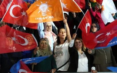 Brytyjski MSZ zaleca ostrożność w Turcji