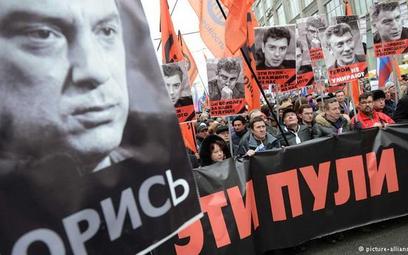 Niemiecka prasa: Kto zabił Niemcowa?