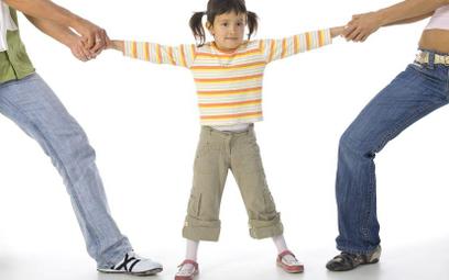 Molestowanie dzieci często wykorzystywane w sporach dorosłych