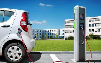 Rośnie sprzedaż elektrycznych samochodów. Polacy w ogonie europejskiej elektromobilności