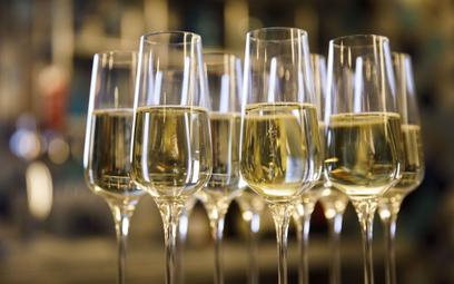 Francja i Rosja będą negocjować w sprawie szampana
