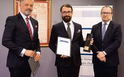 Na zdjęciu od lewej: Filip Czernicki prezes Fundacji Uniwersyteckich Poradni Prawnych, Paweł Matyja