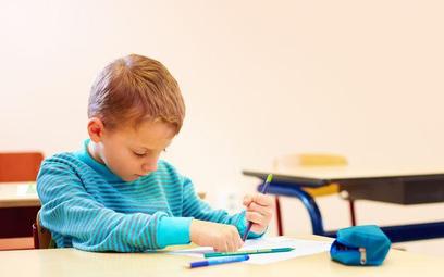 MEN znów wyjaśnia: indywidualizacja kształcenia zamiast nauczania indywidualnego