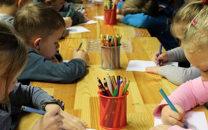 Prywatne przedszkola drenują kasę miast w Polsce. Wykorzystują luki w prawie