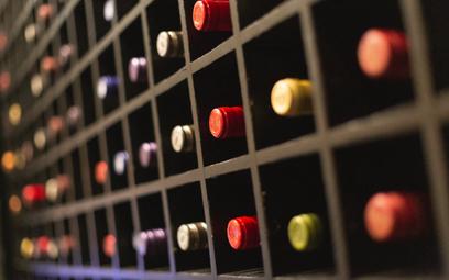 Wino: pić je czy trzymać? Ten błąd popełnia wiele osób