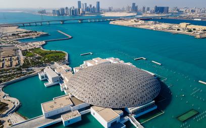 Muzeum Luwr w Abu Dhabi w ZEA.