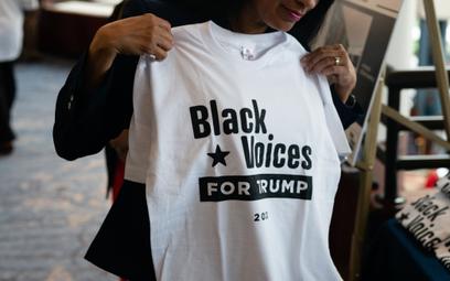 Twitter blokuje konta czarnoskórych wyborców Trumpa. Są fałszywe?