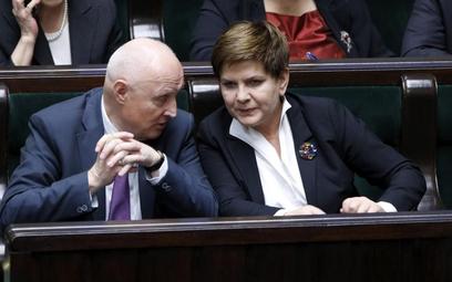Małe zmiany w Sejmie i Senacie