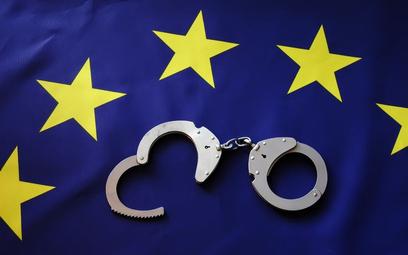 Trybunał: niemieckie prokuratury nie powinny wydawać ENA, bo nie są niezależne