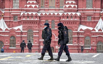 Zniknął Aleksiej Nawalny, teraz znika opozycja