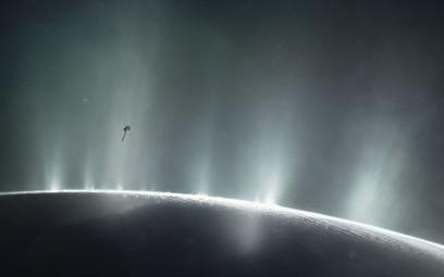 NASA: Na jednym z księżyców Saturna są warunki pozwalające na pojawienie się życia