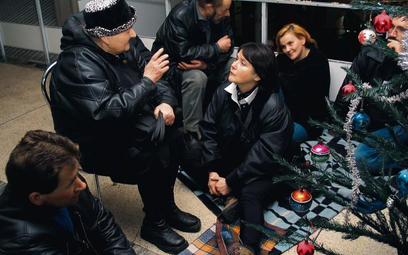 """Prawie jak nóg umywanie... Program """"Wigilia na Wschodnim"""", grudzień 2003 r."""