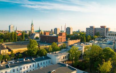 Z danych GUS wynika, że spośród miast na prawach powiatu najwięcej mieszkańców straciła Łódź (5,3 ty