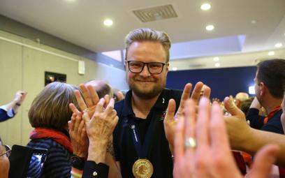 """Tomasz Wasilkowski: """"lider musi nauczyć się słuchać ludzi"""""""