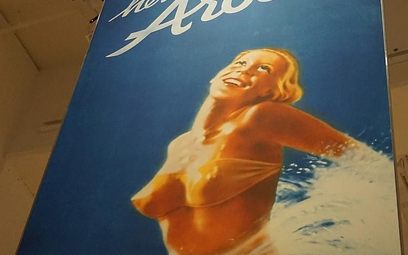 Plakat zachwyconej turystki w bikini zbulwersował Szwajcarów