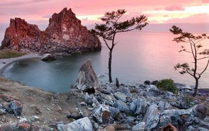 Stan Bajkału najbardziej niepokoi ekologów i naukowców, najmniej – polityków