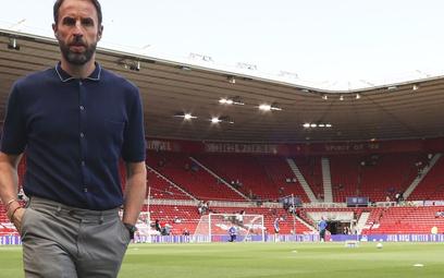 Euro 2020: Najlepiej ubrany trener powraca – bez kamizelki