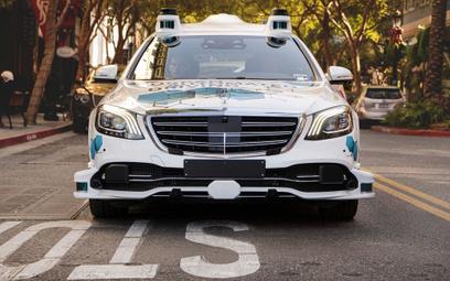 Daimler i Bosch testują w USA autonomiczne taksówki