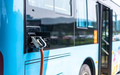 Mocno przyspieszają inwestycje w ekologiczny publiczny transport