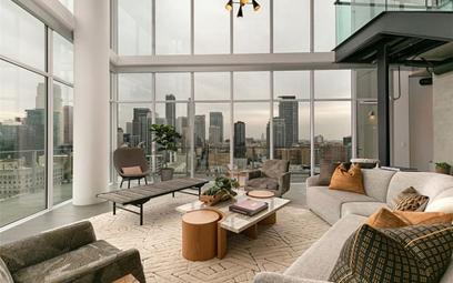 Apartament z serialu HBO do kupienia. Co za wnętrza!