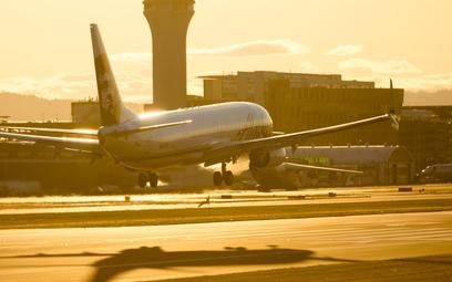 Offset węglowy:  linie lotnicze symulują troskę o ekologię?