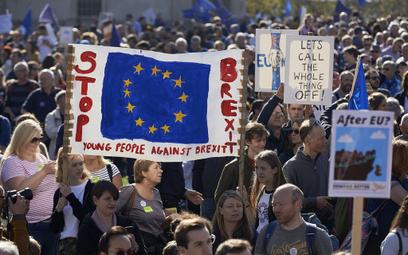 700 tys. osób na ulicach Londynu. Chcą referendum ws. brexitu