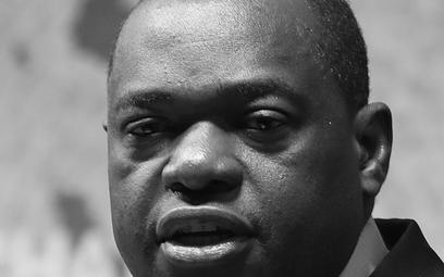 Rząd Zimbabwe informuje: Szef MSZ zmarł na COVID-19
