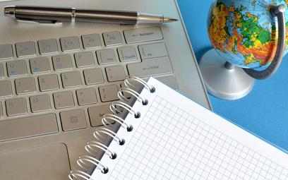 Darowizna laptopów dla szkoły a podatek CIT