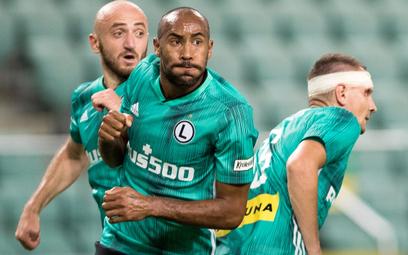 Legia bez błysku zaczęła grę o Ligę Mistrzów, ale w ekstraklasie znów jest faworytem. Od lewej: Wale