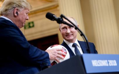 Były szef CIA: Trump jest w pełni w kieszeni Putina
