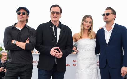 Brad Pitt, Quentin Tarantino, Margot Robbie i Leonardo DiCaprio w ubiegłym roku w Cannes/ Festival d
