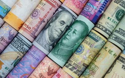 Ryzyko walutowe w eksporcie – jak się zabezpieczyć?