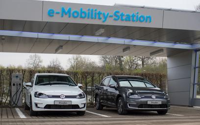 Rośnie liczba wniosków o dopłatę do zakupu e-auta