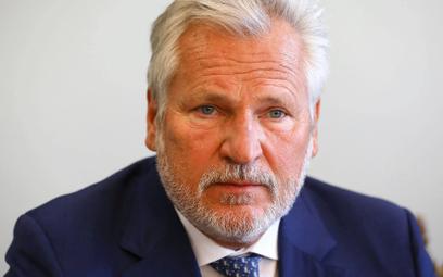 Kwaśniewski: Stan wyjątkowy? Rząd ułatwia sobie życie