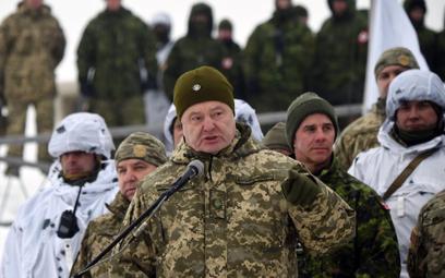 Ukraina: Koniec stanu wojennego, ale nie koniec wojny
