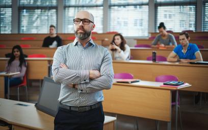 Więcej uczelni wykształci nauczycieli. Resort nauki łagodzi wymogi