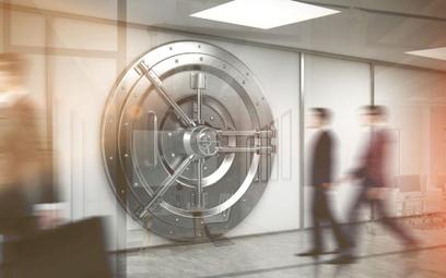 Banki pobierają od firm opłaty za przyjęcie lokat