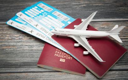 Linie lotnicze manipulują cenami biletów. Bogaci zapłacą więcej?